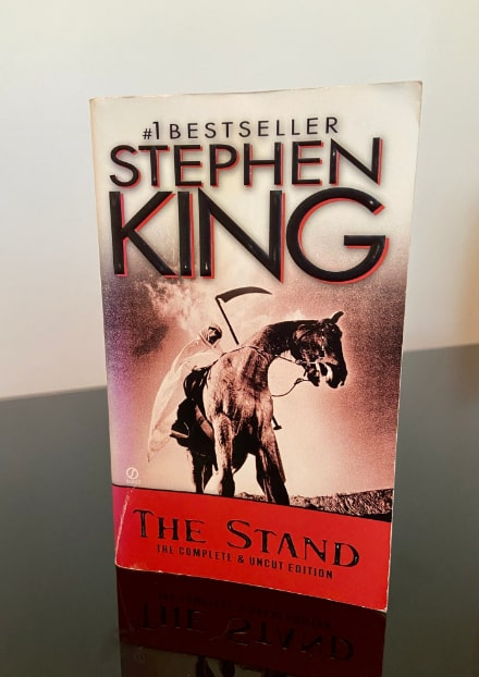 the_stand_book_stephen_king-min