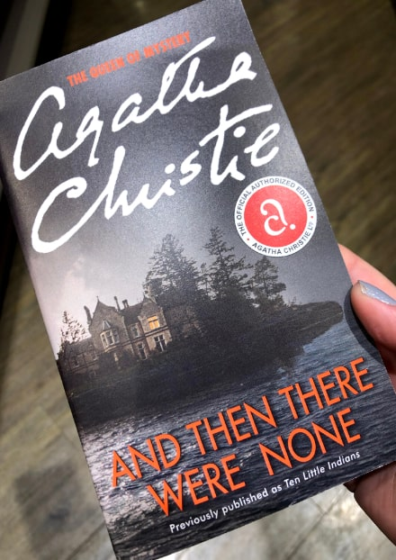 and-then-there-were-none-agatha-christie-cover-min